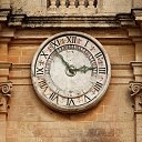 clock in Mdina (M)
